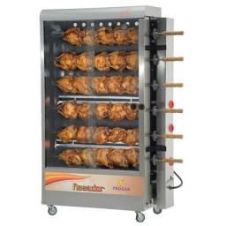 Máquina de frango nova na caixa.
