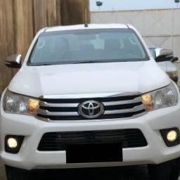 Toyota Hilux SRV 4x4 (Aut) / 2017<br><br>