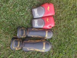 Caneleira e luva de Muay Thai/Kickboxing