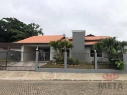 Casa com 3 dormitórios para alugar, 117 m² por R$ 2.100/mês - Adhemar Garcia - Joinville/S