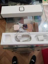 Apple whotc serie 4