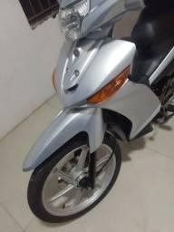 Moto crypton 115