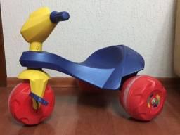 Moto triciclo Jet Ban Bandeirante