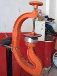 Vulcanizadora de pneus