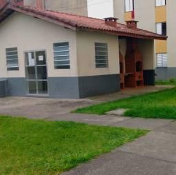 Vende-se Apartamento no Sabaúna.