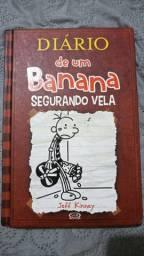 Diário de um banana segurando vela