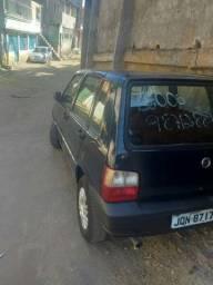 Fiat Uno 4 portas em perfeita condições