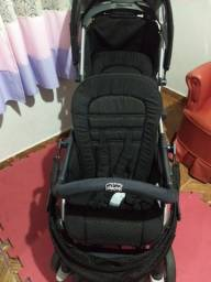 Título do anúncio: Vendo carrinho de bebê de gêmeos .