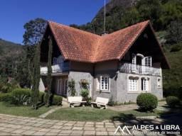Título do anúncio: Casa para venda com 300 metros quadrados com 3 quartos em Iucas - Teresópolis - RJ