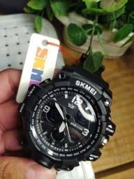 Relógio Skimei original a prova dágua