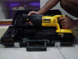Serra Sabre DeWalt 18v + Bateria + Carregador + Case