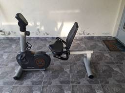 Bicicleta ergométrica horizontal movement perform
