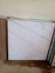 Porcelanato branco marmorizado 60x60