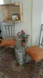 Título do anúncio: Duas cadeiras  de ferro