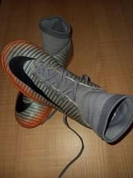 Chuteira Nike CR7 - Tam 32