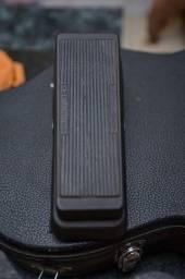 Pedal De Efeito Wah Wah Para Guitarra Gcb95 Cry Baby Dunlop