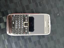 Celular Nokia E71 de ferro, antigo