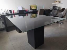 Mesa para reuniões / salas.