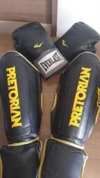 Título do anúncio: Luvas e caneleiras (muay thai, boxe, kickboxing...)