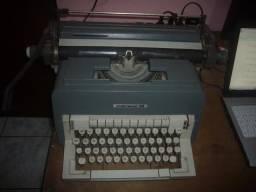 Máquina Datilografia Underwood 198 - Antiga