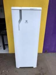Geladeira Electrolux 390lts Frost Free Semi Nova (entrega grátis)