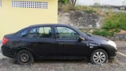 Renault Symbol atrasado - 2010