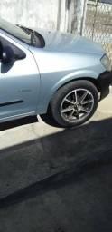 Jogo de rodas com pneus 15