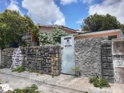 Casa para locação no Bairro da Torre.comerc. $ 2.500,00