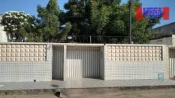 Casa com 3 quartos para alugar, próximo à Av. General Osório de Paiva