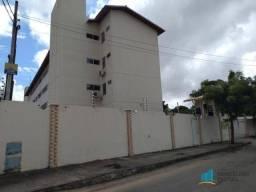 Apartamento com 3 dormitórios para alugar, 63 m² por R$ 809,00/mês - Tamatanduba - Eusébio