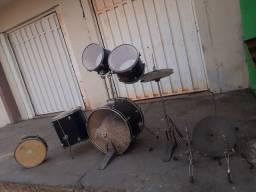 Vendo jogo de bateria musical