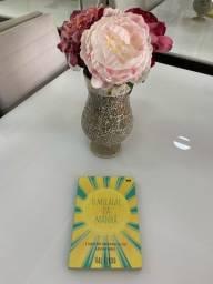 Vende-se livro O Milagre da Manhã!!