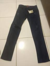 Vendo calça masculina.