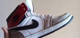 Título do anúncio: Tênis Air Jordan Tam. 37