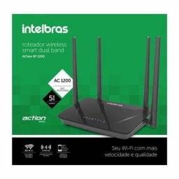Roteador Wireless Dual Band AC 1200Mbps RF1200 Intelbras