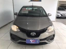 Toyota Etios automatico 1.3x completo (carro mega extra)