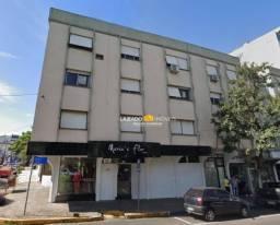 Apartamento com 3 dormitórios para alugar, 100 m² por R$ 945,00/mês - Centro - Lajeado/RS