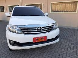 Toyota Hilux SW4 SR 4x2 2.7 16V