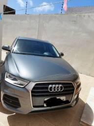 Audi Q3 1.4 Ambiente Plus com Park Assist