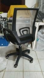 Título do anúncio: Cadeira style Diretor