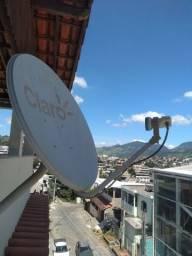 Antena satélite com LNB