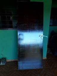 Título do anúncio: Porta de madeira envernizada