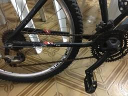 Bicicleta pouco usada quadro de alumínio R$850,00