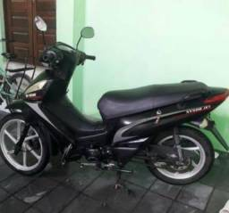 Moto Shineray jet
