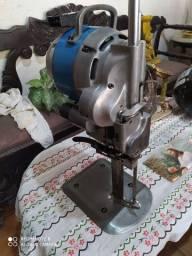 Título do anúncio: Máquina corta tecido  yhamata