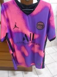 Título do anúncio: Camisa PSG IV Tamanho=M NOVA
