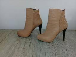 Kit com 7 pares de calçados femininos