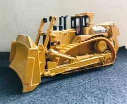 Miniatura Caterpillar D11R escala 1:50 Norscot
