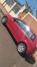 Carro Ford Fiesta - 2004