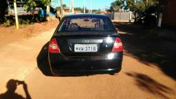 Vendo Ford fiesta sedan 1.6 completo 2005 - 2005